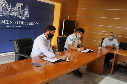 La marca 'El Ejido Gourmet Quality' vuelve a ligarse al tricampeón Víctor Fernández