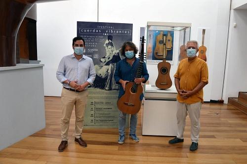 El Museo 'Antonio de Torres' expondrá de manera indefinida la guitarra andaluza más antigua