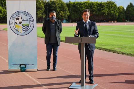 Góngora apoya la captación de socios para el CD El Ejido