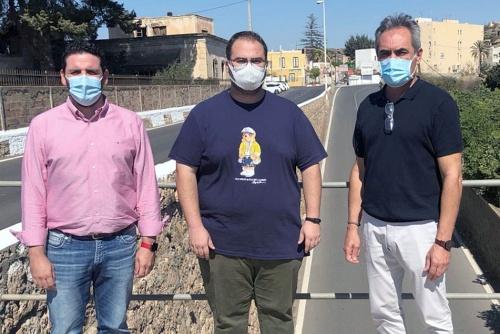 El PSOE pide colaboración a la Diputación para reponer el asfalto del puente de Rioja