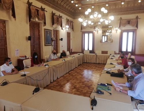 La delegada del Gobierno se reúne con el sindicato CSIF Almería