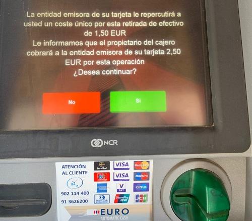 El PSOE advierte que los bancos cobran comisión en los cajeros conveniados con la Diputación