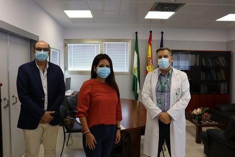 El Hospital de Poniente y la Asociación de Autoinmunes y Lupus 'ALAL' acuerdan su colaboración