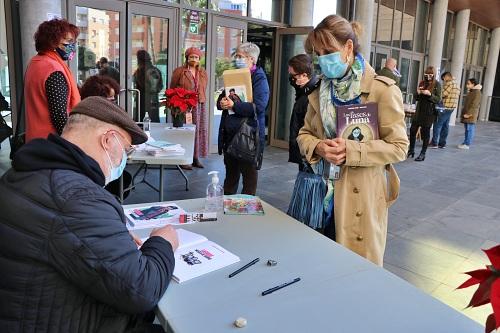 Dos ilustradores ejidenses firman sus obras