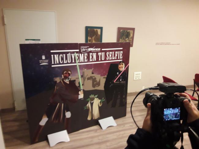 El proyecto 'Inclúyeme en tu selfie' viaja por la provincia