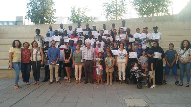 Clausurados los cursos de castellano para extranjeros en Vícar