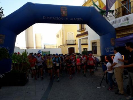 Más de 150 deportistas se dan cita en la VI Carrera de la Uva de Canjáyar