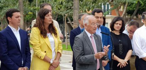 Amat denuncia el castigo del PSOE de la Junta a Roquetas
