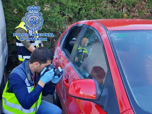La Policía Nacional detiene en Almería a dos ladrones de coches