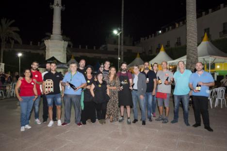 El IV Festival de la Cerveza Artesana llena de sabores y música la Plaza Vieja