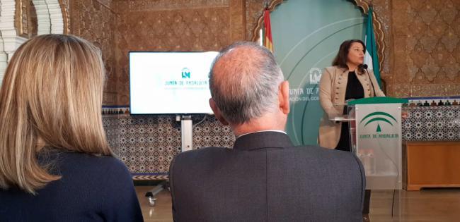 La consejera Crespo presenta en Almería la expedición andaluza a Fruitlogística