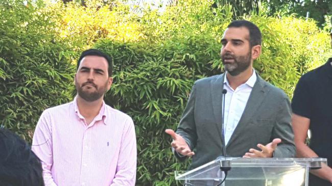 El alcalde de Almería dice que los pactos con Vox y Cs no pasan por estar en el Gobierno