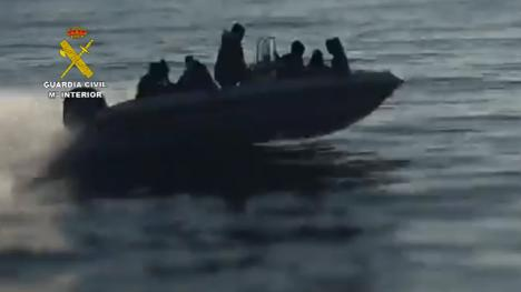 La Guardia Civil desarticula una mafia de tráfico de personas desde Argelia hasta España