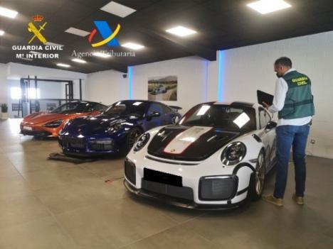 Una banda defraudó 7 millones en IVA con coches usados