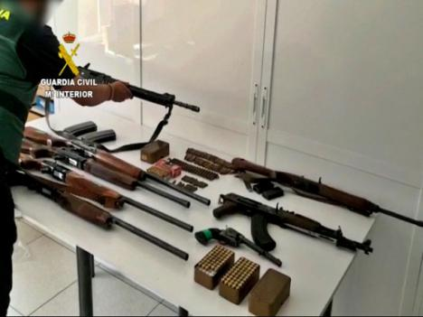 Registros en El Ejido y Roquetas a una banda de narcos que operaba desde Málaga