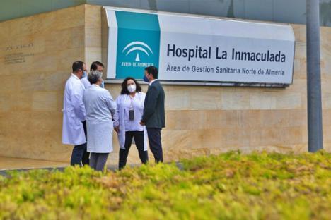 Diputación agradece el esfuerzo y sacrificio a los cinco hospitales de Almería