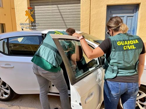 Detenido un menor por 9 robos en vehículos en Aguadulce