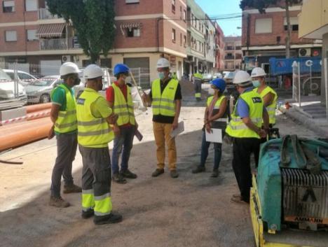 Renuevan la red de abastecimiento, saneamiento y pluviales de la calle Neptuno