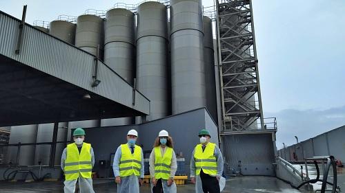 La exportación de graneles líquidos desde el Puerto de Carboneras crece un 104%