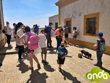 La Asociación ANDA visita el faro de Mesa Roldán