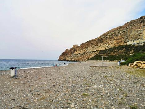 La Autoridad Portuaria de Almería abre el lunes el acceso peatonal a la playa de Las Olas
