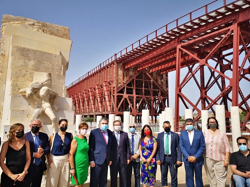 La Autoridad Portuaria presenta al ministro de Cultura la tercera fase de restauración del Cable Inglés