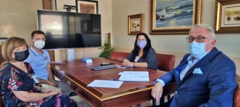 Amigos de la Alcazaba organizará visitas al Puerto y al faro de San Telmo