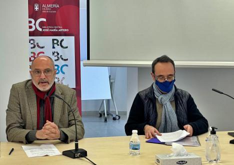 """""""Algunos poetas jóvenes aún mantienen la tradición de recitar a la Navidad"""", afirma López Bretones"""