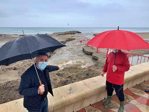 El PSOE pide que se investigue el vertido de aguas residuales en Costacabana tras las lluvias