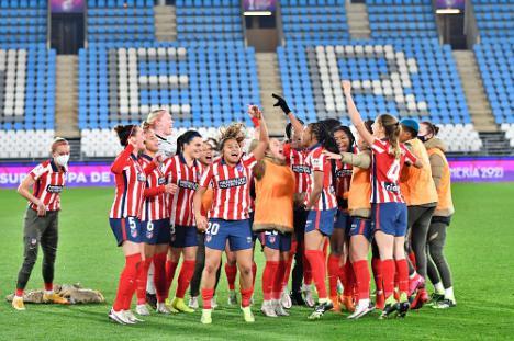 La Supercopa de España de fútbol femenino culmina con el choque entre Levante y Atlético