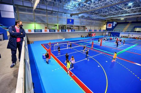 El Palacio de los Juegos luce nuevas pistas de voleibol y gimnasia