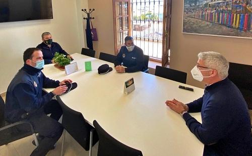 El alcalde de Huércal de Almería mantiene una reunión de seguridad por el #COVID19