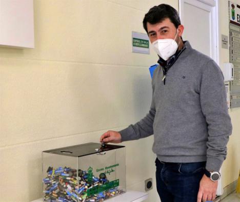 El Ayuntamiento de El Ejido recoge 1.342 kilos de pilas y baterías de móviles