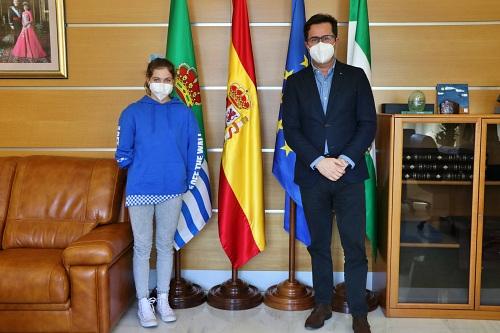 La ejidense Anastasiya Dmytriv del Club Mare Nostrum es campeona de España Infantil en Natación Adaptada