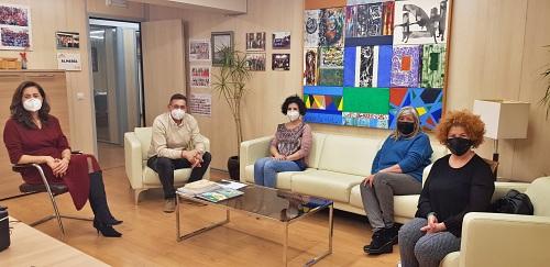 El PSOE reclama a la Junta que incluya a Esteticistas como 'esenciales'