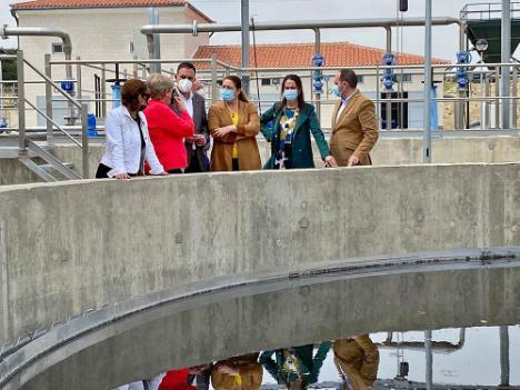 La consejera de Desarrollo Sostenible inaugura la nueva depuradora de Antas