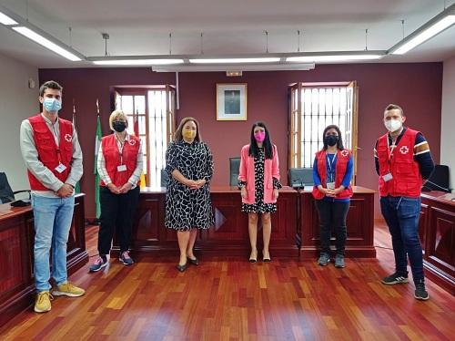Bienvenida institucional a los voluntarios de Cruz Roja que recorrerán el Huércal de Almería
