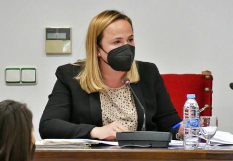 Alicia Heras recuerda que el PSOE tuvo 10 años congelado el precio/hora de Dependencia
