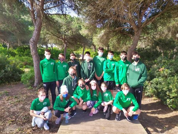 El Club Natación de Almería regresa del Campeonato Alevín con 11 medallas