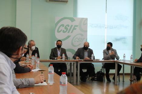 El presidente nacional de CSIF analiza en Almería lo retos sindicales tras la crisis sanitaria