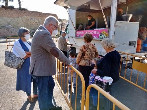 Casi 200 mayores de Huércal participan en la chocolatada