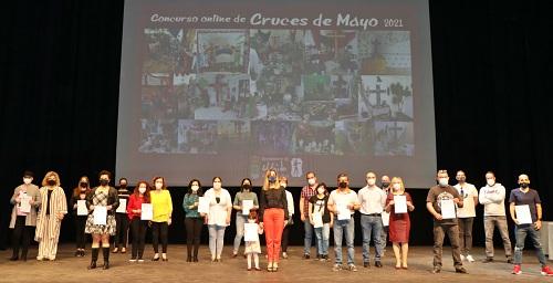 Entrega de los premios a los 17 finalistas del Concurso Online de Cruces de Mayo de El Ejido
