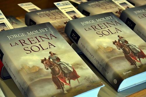 Jorge Molist viaja por el pasado de España con su novela 'La Reina Sola'