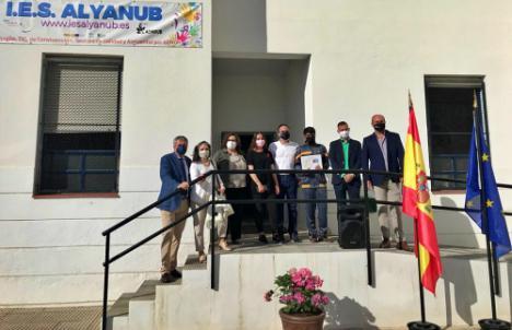 La Junta entrega los premios del concurso 'Haz viral la responsabilidad'