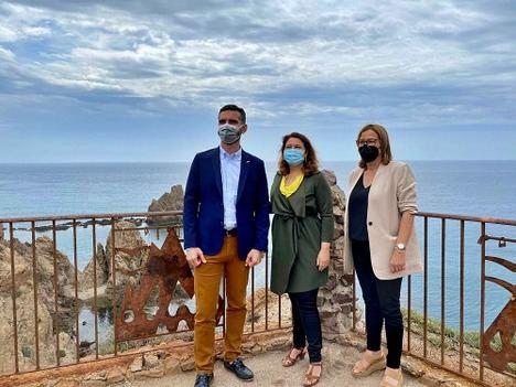 Crespo destaca la apuesta inversora del Gobierno andaluz en el Parque Natural Cabo de Gata-Níjar