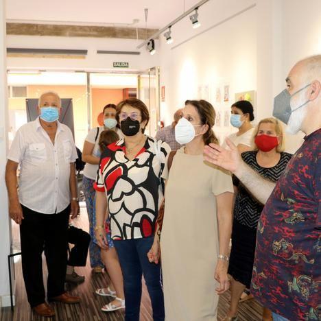 La Cruz Roja organiza la exposición Mayores con Arte, con trabajos realizados en talleres online durante 2020