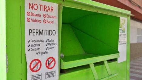 Los abderitanos reciclan más de una tonelada de textil al mes