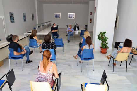 Administradores de Fincas en Almerimar abordan los problemas de la señal de TV