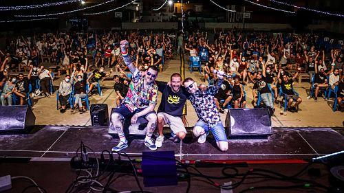 Casi un millar de personas en los tres conciertos del 'mini Juergas' de Adra