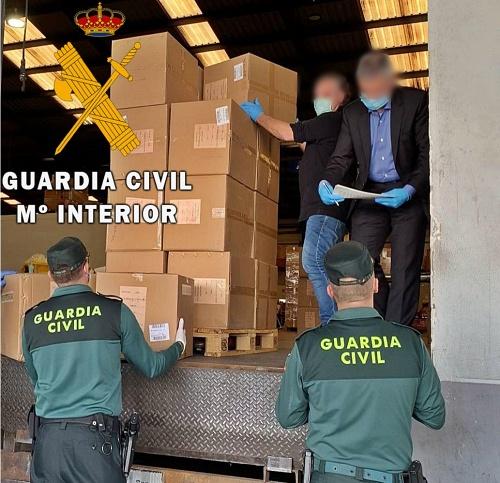 Guardia Civl reparte mascarillas contra el #COVID19 en 67 pueblos